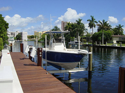 Gatorvator Boat Lifts